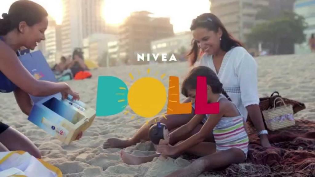 Nivea Dolls: ação da marca envolveu mães e filhos. (imagem: divulgação)